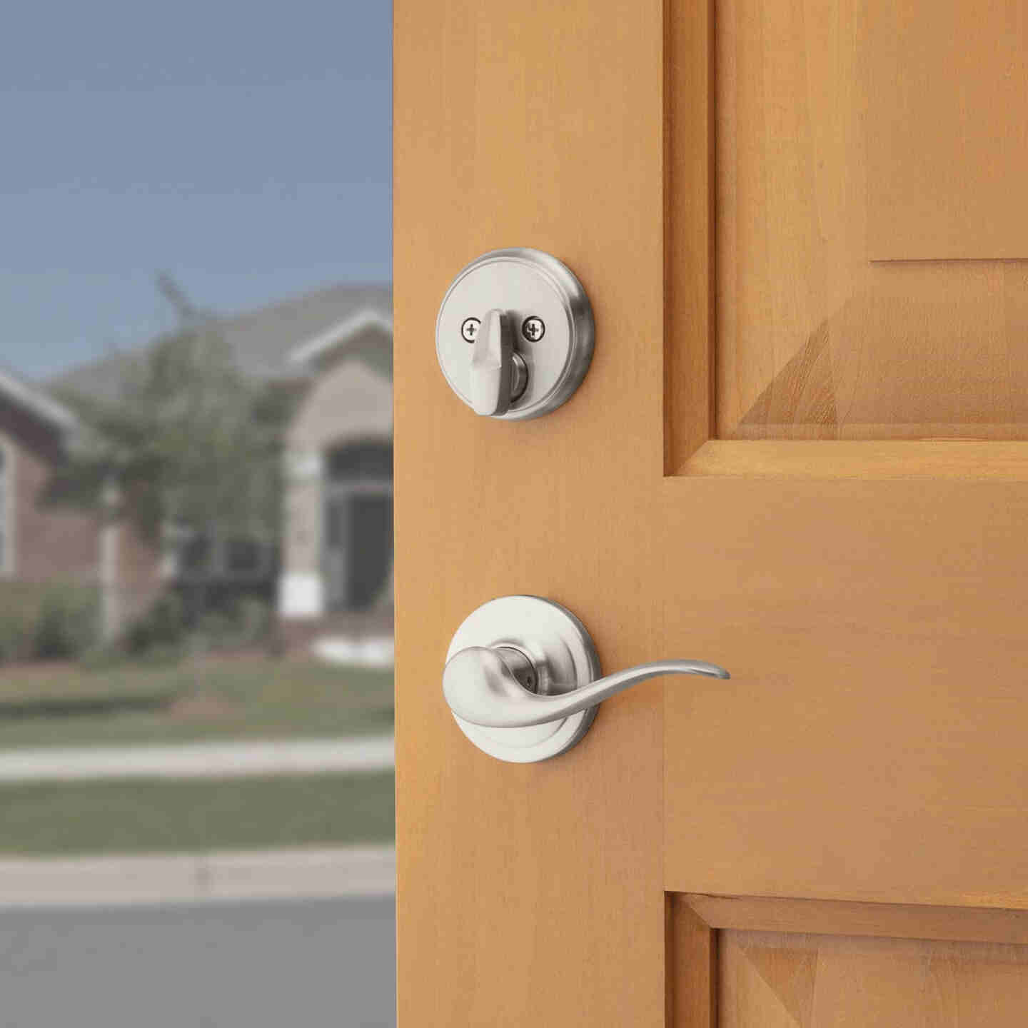 Kwikset Signature Series Arlington Satin Nickel Entry Door Handleset with Smartkey & Tustin Lever Image 5